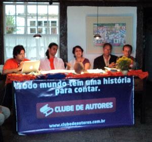 Clube dos autores promove debates durante a FLIP